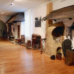 Muzeul Obiceiurilor Populare